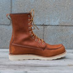 """Red Wing Heritage Classic 8"""" Moc Toe Boot - Oro Legacy Brown"""