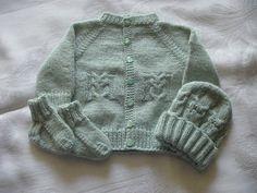 GOLFINO  E CAPPELLINO GUFI  (traduz. di B.Ajroldi) http://needleworkersroom.blogspot.com/search/label/baby%20sweaters  Taglia 0-3 mesi   O...