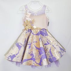 💖Royal wedding day💕 we can't wait to see what everyones wearing💖. 👑Custom purple and gold Mica dress. Girls Dresses, Flower Girl Dresses, Summer Dresses, Special Occasion Dresses, Luxury Branding, Kids Fashion, Party Dress, Wedding Day, Hair Accessories