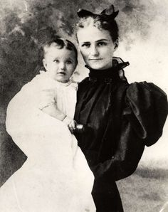 Wallis Simpson as a child on the arm of her mother, Alice Montague Warfield. Wallis would later marry Edward VIII of England. United States of America, circa 1890.