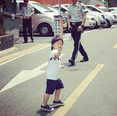 #Daehan #Minguk #Manse #SongTriplets Man Se, Song Triplets, Miss You Guys, Korean Shows, Twin Babies, My Children, Cute Kids, Superman, Songs