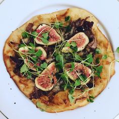 Kulinaari: Ankka-viikunapizzassa maistuu Aasia.