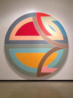 Frank Stella - Sinjeril, Variation, 1968 - oil on canvas - 10 ft. in diameter Post Painterly Abstraction, Abstract Art, Modern Art, Contemporary Art, Hard Edge Painting, Black And White Painting, Arte Popular, Beach Art, Geometric Art
