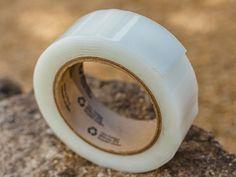 Dichtband für undichte Stoßfugen und überlappende Aufbauteile