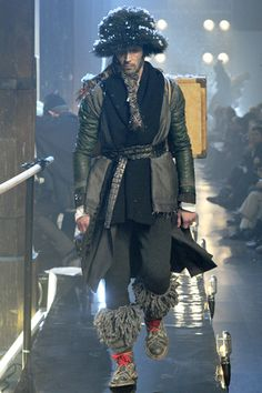 See all the Collection photos from John Galliano Autumn/Winter 2011 Menswear now on British Vogue Men Fashion Show, High Fashion, Mens Fashion, Paris Fashion, Runway Fashion, Russian Fashion, John Galliano, Designer Collection, Menswear