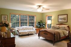 Image from http://ajibe.com/wp-content/uploads/2013/12/Master-Bedrooms-Design-471.jpg.