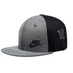 NWT Nike Tru Tech Pack Hat Youth Unisex NWT