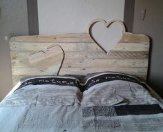 pallet headboard with hearts