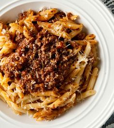 An authentic Bolognese sauce recipe for pasta made with wild boar or pork. A true Bolognese sauce recipe goes over tagliatelle, but you can use other pasta. Wild Boar Recipes, Wild Game Recipes, Fall Recipes, Recipes With Ground Venison, Ground Deer Recipes, Ground Beef, Dinner Recipes, Entree Recipes, Sauce Recipes