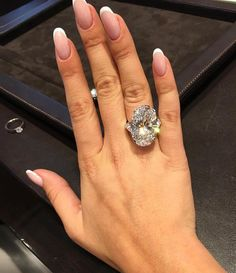 Diy kids jewelry box engagement rings Ideas for 2019 Wedding Ring Designs, Wedding Jewelry, Kids Jewelry Box, Stacked Wedding Rings, Street Style, Diamond Are A Girls Best Friend, Beautiful Rings, Dandy, Just In Case