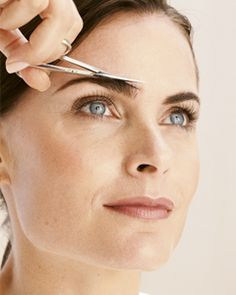 DIY Perfect Eyebrows - Bobbi Brown tells how to achieve picture-perfect eyebrows