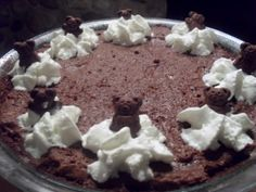 Lean Body Black Bear Pie, a healthy spin on mud pie Best Weight Loss, Healthy Weight Loss, Bodybuilding Nutrition, Clean Eating Desserts, Lean Body, Holiday Recipes, Holiday Foods, Mud Pie, Black Bear