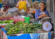 Shop at a local market selling areca nut the main ingredient in betel chew. Chewing Betel Nut in Rural Thailand Isaan with gummy old grannies. Ingredients of betel chewing include Areca nut, betel leaf and sandstone paste. Traditions and Culture in rural Thailand (Isaan) by http://potatoinrice.com/