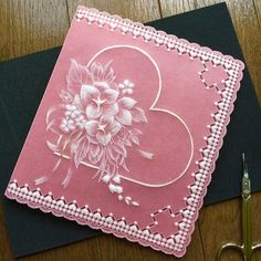 @quilty_quilt 春色のピンクのペーパーでカードを 作りました 図案は、「パーチメントクラフト入門」32ページより #parchmentcraft…