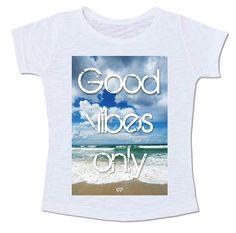camiseta frase mar céu paisagem praia good vibes only somente boas vibrações