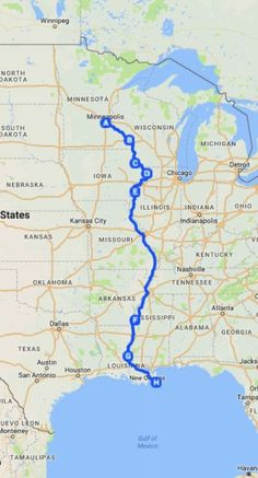 14 USA Road Trip Ideas 14 road trip routes in the USA! Want some road trip inspiration? These 14 US road trip ideas will provide you with the perfect USA road trip. Travel Maps, Travel Usa, Places To Travel, Travel Stuff, Road Trip Map, Road Trip Hacks, Mississippi, Voyage Usa, Perfect Road Trip