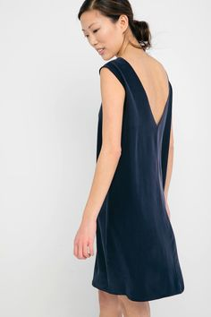 Marlena Dress in Silk Crepe -Elizabeth Suzann :: $265 (reversible)