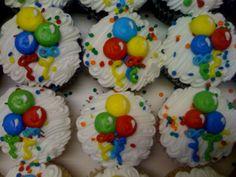 Primary Balloon Cupcakes
