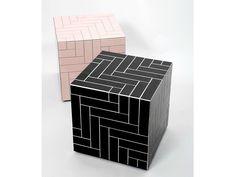 Niedriger quadratischer Couchtisch aus Keramik mit Rollen PARQUET CUBIQUE Kollektion Side Glance by DANTE - Goods and Bads | Design Benjamin Hopf