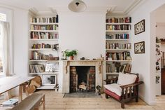 my scandinavian home: Victorian Charm Meets Modern Scandinavian Style In A Lovely Bristol Home Victorian Terrace, Victorian Homes, Modern Victorian Bedroom, Style At Home, One Bedroom Flat, Scandinavian Home, Beautiful Interiors, Decoration, Living Spaces