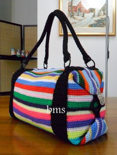 i wanna make that! Crochet Handbags, Crochet Purses, Crochet Bags, Learn To Crochet, Knit Crochet, Sew Together Bag, Mochila Crochet, Knitted Bags, Bag Accessories