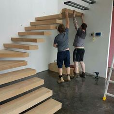 ideas for floating wooden stairs stairways Wood Staircase, Loft Stairs, Floating Staircase, House Stairs, Staircase Ideas, Spiral Staircases, Home Stairs Design, Interior Stairs, House Design