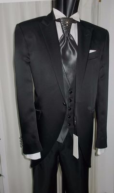 5d81e1fa23e6 eBay  Sponsored MEN S SUIT TIGHT GROOM T 54 SIGNED CARLO PIGNATELLI SUIT  GROOM WEDDING