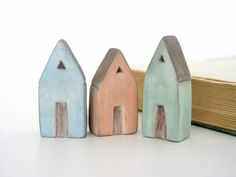 Casa di argilla in miniatura scultura di AntigoniCreations su Etsy