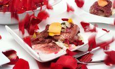 Receta de Codornices con pétalos de rosa