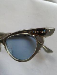 786b030799 Vintage Sunglasses Cat Eye 1950s Original Selecta Women Retro France Gray  by XclsvStudio on Etsy  . Γυαλιά Ηλίου ...