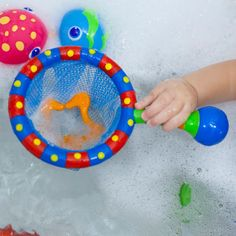 Lily's Little Learners: Birthday Gift Guide and Giveaway - Nuby Bath Time Toy Bundle
