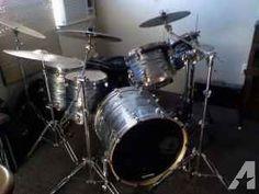 complete 6 piece drum kit - $2000 (auberry)
