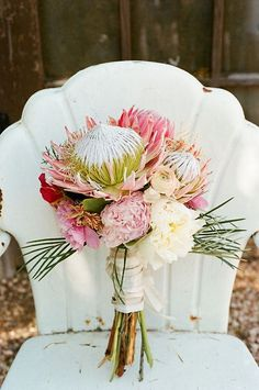 what a gorgeous bouquet (& rustic chair!) - Quirky Elegance at Three Points Ranch Tropical Wedding Bouquets, Protea Wedding, Floral Wedding, Wedding Flowers, Diy Flowers, Tropical Weddings, Wedding Colors, Bouquet Bride, Protea Bouquet