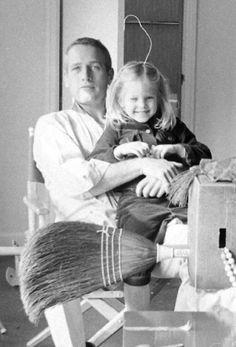 Paul and daughter, Melissa. Vintage Movie Stars, Old Movie Stars, Classic Actresses, Actors & Actresses, Paul Newman Robert Redford, Paul Newman Joanne Woodward, Film Icon, Actor Studio, Actrices Hollywood