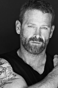 Griz (Max Martini), Hawks Secretary.  Swan's father. Loves Deanna even though he fights their age difference.