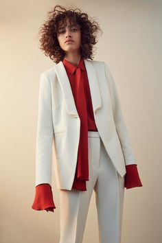 Nellie Partow Spring 2017 Ready-to-Wear Fashion Show Look Fashion 2017, Trendy Fashion, High Fashion, Fashion Show, Fashion Looks, Fashion Outfits, Womens Fashion, Suits For Women, Women Wear