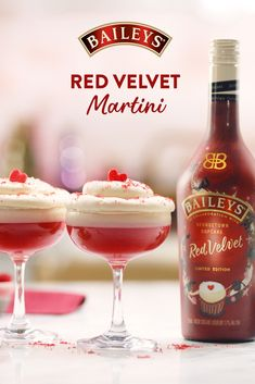 Red velvet isn't just for cupcakes. Shake up your dessert with a Baileys Red Velvet Martini. Dessert Drinks, Party Drinks, Fun Drinks, Yummy Drinks, Alcoholic Drinks, Cocktail Drinks, Mixed Drinks, Christmas Cocktails, Holiday Drinks