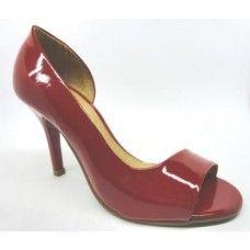 Peep Toe em Verniz Vermelho. La Vile Calçados em couro legítimo. Calçados que produzimos através de encomendas do nº 30 ao nº 33 www.lavile.com.br