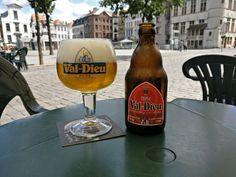 Val-Dieu Tripel #val-dieu #valdieu #valdieutriple #valdieutripel #beers #beer #belgischebieren #belgium #belgiumblogger #belgiumbeer #genietenvandekleinedingen #genieten #genietenvankleinedingen #gent @de_dulle_griet #ghent #weekend