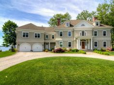 AMAZING!!  The charm of the older homes but brand spaking new and on the water with private beach.  Absolutely lovely.  21 Park Drive, Waterford CT - Trulia
