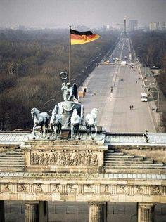 25 years is too long to be away! Berlin City, Berlin Wall, East Germany, Berlin Germany, Berlin Architecture, Berlin Hauptstadt, Visit Berlin, Berlin Photography, Rda