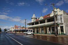 Austral Terrace, Katanning, 2013 http://encore.slwa.wa.gov.au/iii/encore/record/C__Rb3527876?lang=eng
