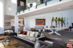 John-Legend-And-Chrissy-Teigen-Beverly-Hills-Real-Estate-Living-Room-2