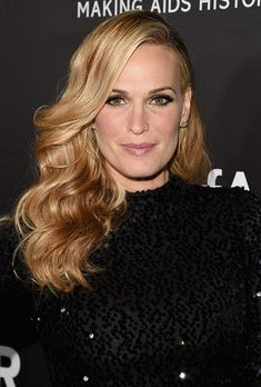 Strawberry Blonde Hair Colors: Molly Sims  #strawberryblonde #blondehair
