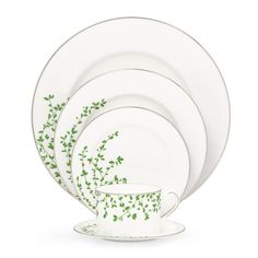 Gardner Street 5 pc Place Setting