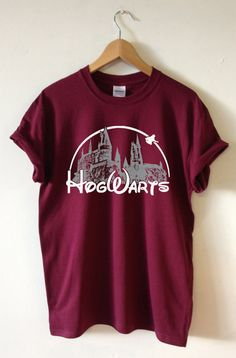 HOGWARTS HARRY POTTER T-SHIRT HOGWARTS CASTLE DESIGN SCREEN PRINTED FOR A SUPERIOR RETAIL QUALITY FINISH Available in Unisex super soft T-shirt in