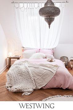 Pin & win een voucher van € 1000 voor WestwingNow - Lilly is Love Hangover, Bedroom Styles, C'est Bon, Beautiful Bedrooms, Cribs, Room Decor, Furniture, Home, Primavera Estate