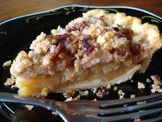 Pennsylvania Dutch Apple Crumb Pie
