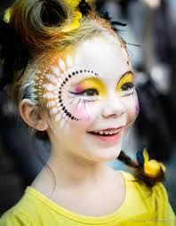 Simple face painting designs are not hard. Many people think that in order to have a great face painting creation, they have to use complex designs, rather then Face Painting Images, Adult Face Painting, Face Painting Designs, Painting For Kids, Paint Designs, Face Paintings, Circus Makeup, Simple Face, Kids Makeup