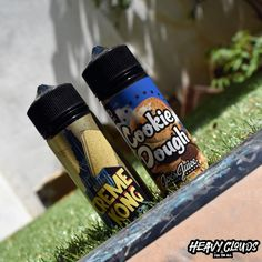 Joes Juice Creme Kong and Cookie Dough. Great for all the buscuit and cookie lovers!  #joesjuice #cremekong #cookiedough  #eliquids #shortfills #cornking #heavyclouds #heavycloudsvapeshop #heavycloudsathens #greekvapers #vape #vaping #vapelyfe #vapeporn #vapelove #heavycloudsgr #vapers #vapenation #vapefamily #rda #clouds Vape Shop, Root Beer, Vaping, Cookie Dough, Juice, Lovers, Clouds, Cookies, Food